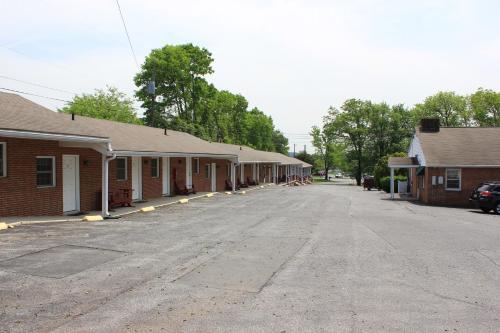 Penn Amish Motel - Denver, PA 17517