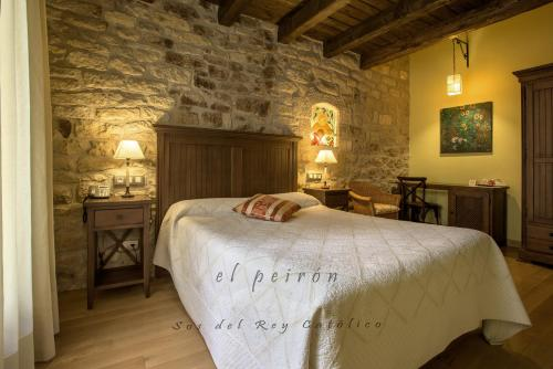 Double Room El Peiron 7