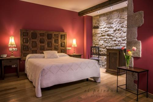 Superior Double or Twin Room El Peiron 10