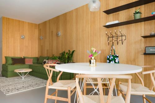 Kith & Kin Boutique Apartments photo 6