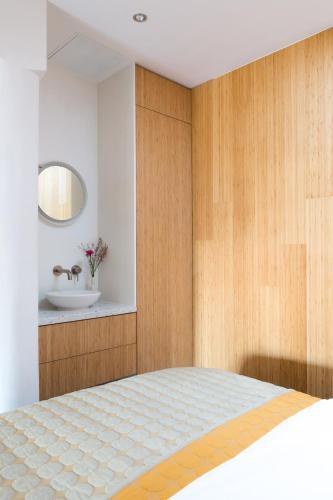Kith & Kin Boutique Apartments photo 60