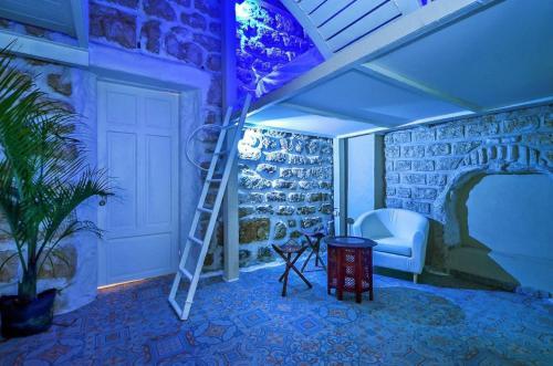 HotelMe Alma Tel Aviv