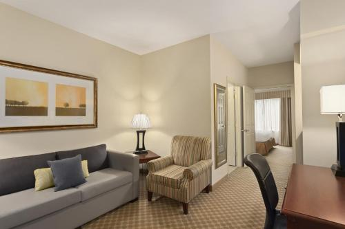 Country Inn & Suites by Radisson, Saraland, AL Photo