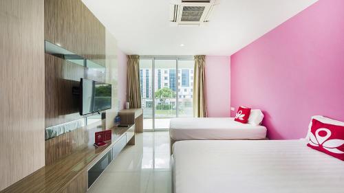 ZEN Rooms Evergreen Residence photo 28