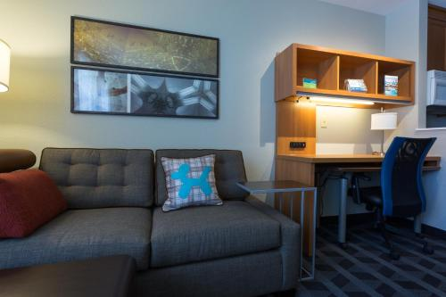 TownePlace Suites Sunnyvale Mountain View Photo