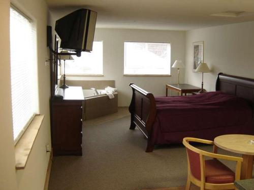 Stevens Pass Motel - Gold Bar, WA 98037