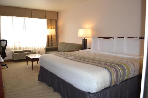Country Inn & Suites by Radisson, Abingdon, VA