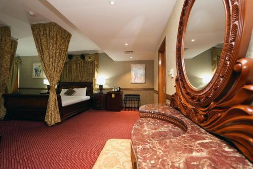 Delmon Hotel photo 15