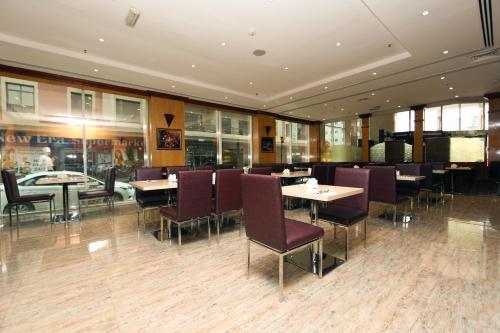 Delmon Hotel photo 25