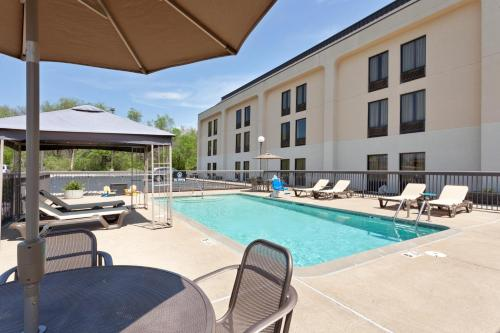 Hampton Inn Joplin in Joplin