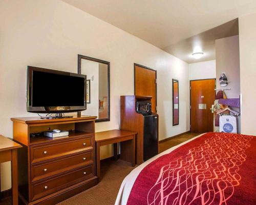 Comfort Inn & Suites Grinnell Photo