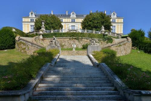 Chateau Colbert