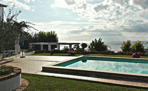 Villa Paola (Grottammare) da 65€ - Volagratis