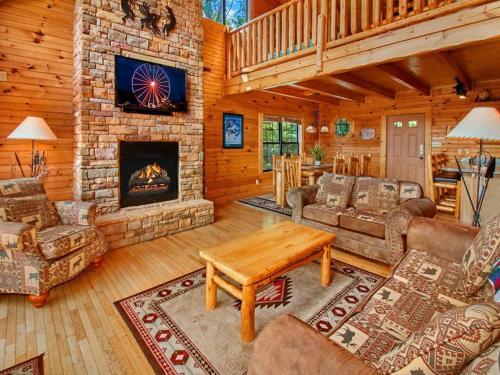 A Majestic View Iii- Three-bedroom Cabin