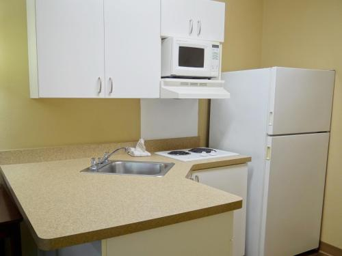 Extended Stay America - Mobile - Spring Hill - Mobile, AL 36608
