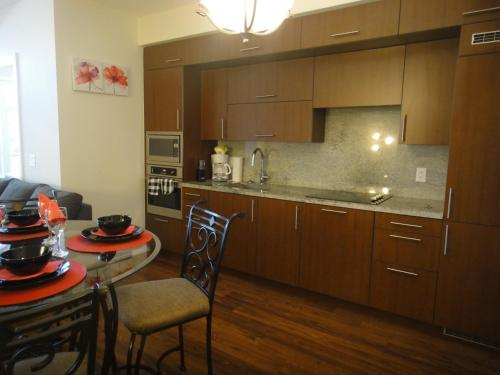 Executive Furnished Properties North York - North York, ON M2N 0G5