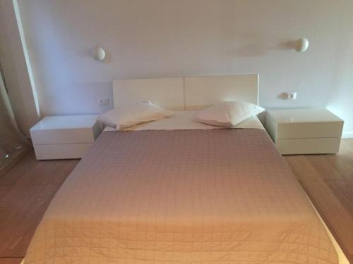 HotelISHA Condominium 1