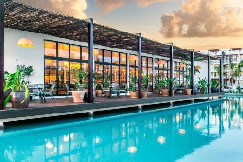 Ocean Riviera Paradise All Inclusive Photo