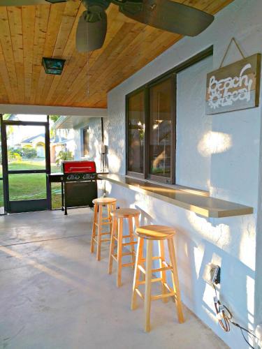 La Villa Del Gato - Cape Coral, FL 33990