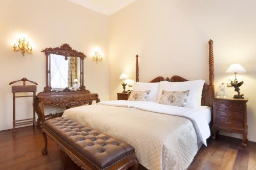 The Iron Gate Hotel & Suites - 39 of 102