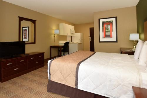 Extended Stay America - Atlanta - Kennesaw Town Center - Kennesaw, GA 30144