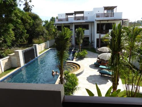 Oasis Garden And Pool Villa At Vip Chain Resort