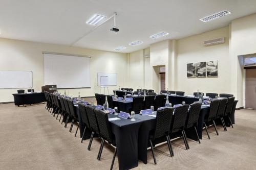 Protea Hotel by Marriott Pretoria Centurion Photo
