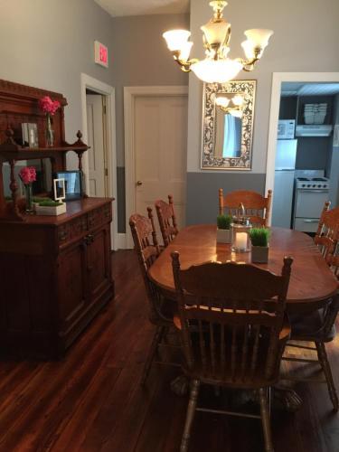 Mountain View Suites - Jim Thorpe, PA 18229