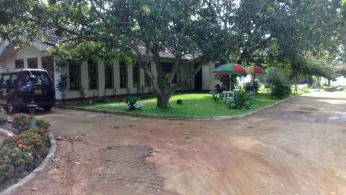 minidiya tuarist gust house