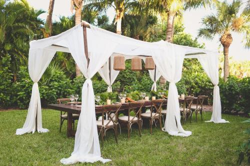 Sundial Beach Resort & Spa Photo