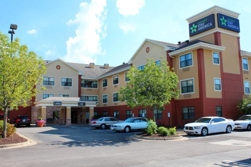 Hotels & Vacation Rentals Near Madison Wi Campus | Trip101
