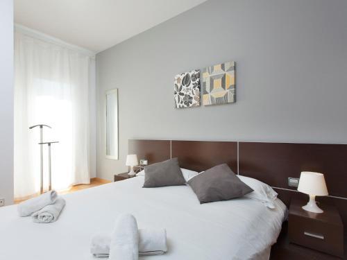 RentBCN Rambla Catalunya Apartment photo 11