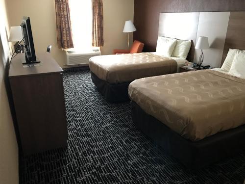 Quality Inn Baltimore Photo
