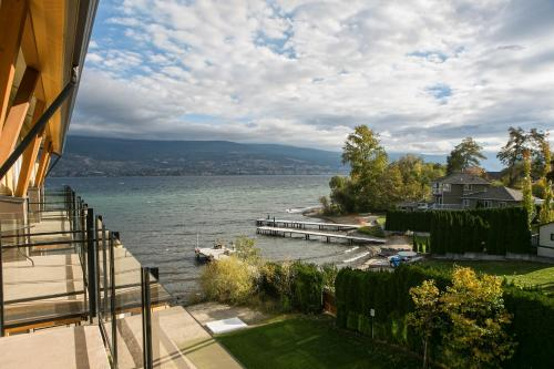 Summerland Waterfront Resort & Spa - Summerland, BC V0H 1Z1