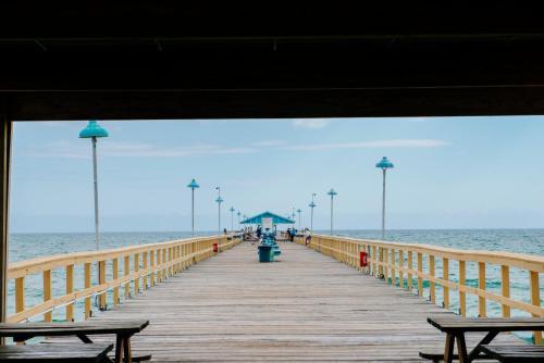 Sea Spray Inn Photo