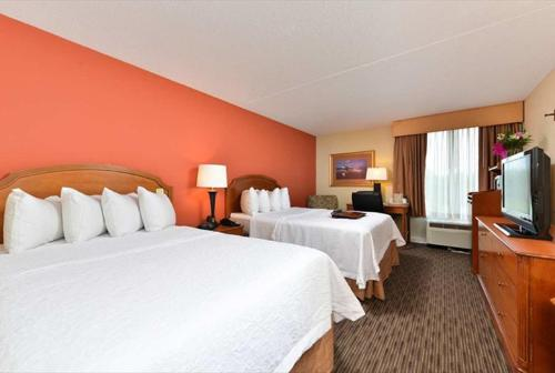 Hampton Inn Philadelphia/bridgeport - Swedesboro, NJ 08085