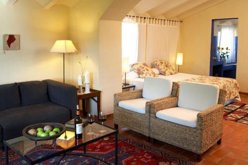 Suite Hotel la Plaça Madremanya 31