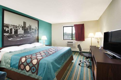 Super 8 By Wyndham Pittsburgh Airport/coraopolis Area - Coraopolis, PA 15108