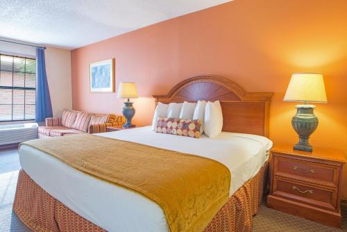 Hospitality Inn - Jacksonville Photo