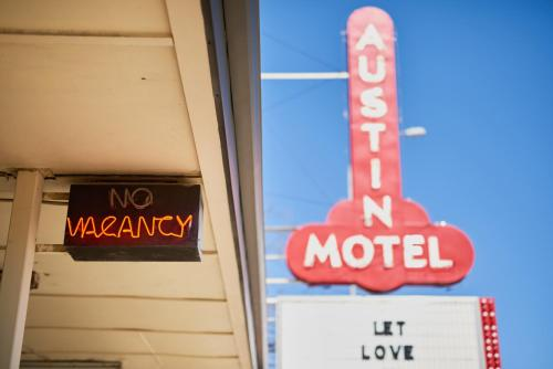 Austin Motel - Austin, TX 78704