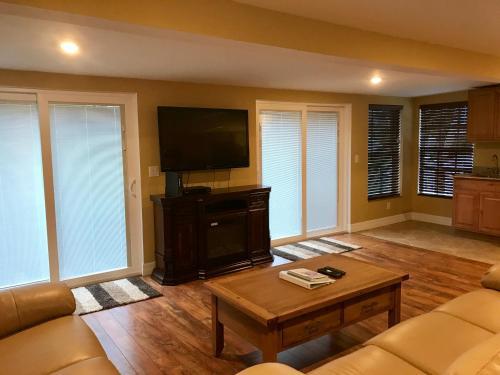 Fort Myers Beach House - Fort Myers Beach, FL 33931