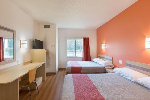Motel 6 Columbia East South Carolina Photo