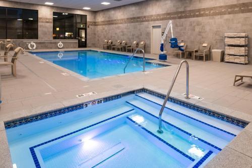 Hampton Inn And Suites Olympia/lacey Wa - Lacey, WA 98516