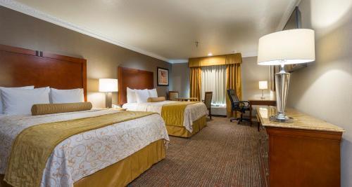 Best Western Plus Newport Mesa Inn - Costa Mesa, CA 92627