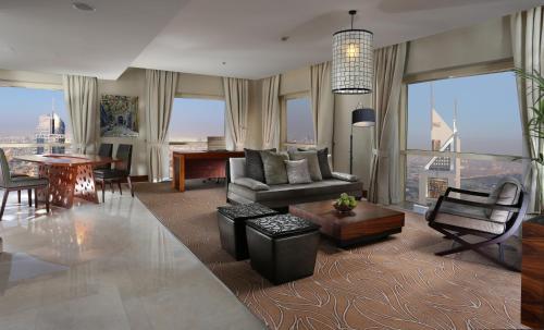 Millennium Plaza Hotel photo 22