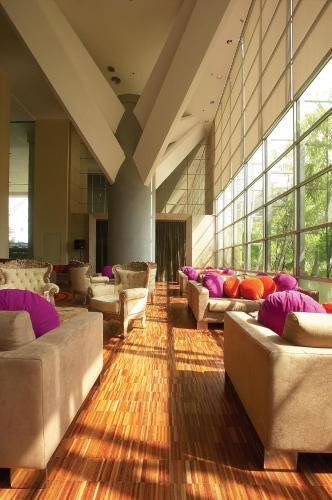 Hotel Maya Kuala Lumpur photo 13