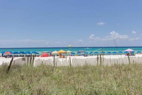 Long Beach Resort By Book That Condo - Panama City Beach, FL 34207