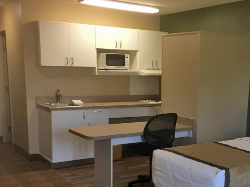 Extended Stay America Seattle - Everett - North - Everett, WA 98208