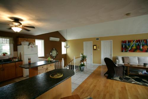 Laughing Waters Bed & Breakfast and Vacation Rental Photo