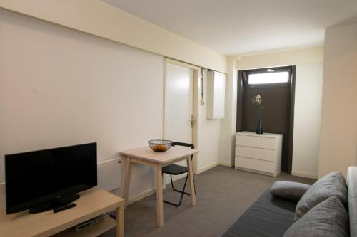 Westerpark Apartments photo 8